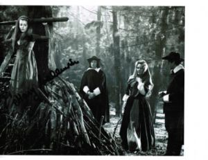 "Mary Collinson ""Twins of Evil"" Hammer Horror Genuine Signed Autograph 10x8  2480"